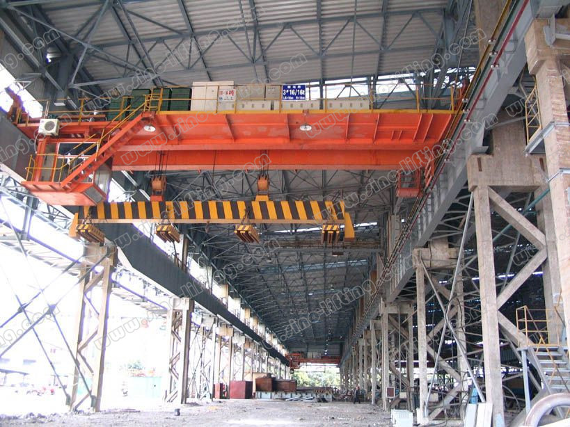 Slow-Speed Bridge Crane